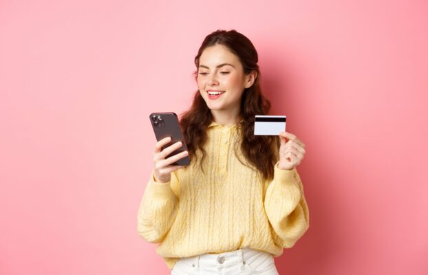 The best of financial expertise and Conversational AI: the advantages of omnichannel banking for customers and banks
